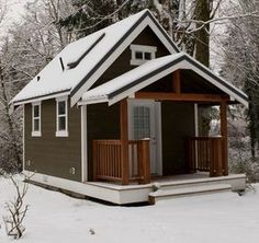 A beautiful, rustic 420 sq ft cottage