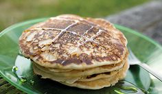 Beer Pancakes - Reason to love a good brew: The carbonation in beer makes for extra-fluffy flapjacks. Breakfast Dishes, Breakfast Time, Breakfast Recipes, Breakfast Ideas, Cooking With Beer, Brunch Recipes, Camping Recipes, Camping Meals, Camping Hacks