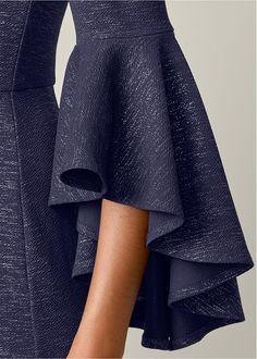 Alternate View Off The Shoulder Long Dress - Kleidung 2020 Kurti Sleeves Design, Sleeves Designs For Dresses, Kurti Neck Designs, Dress Neck Designs, Stylish Dress Designs, Sleeve Designs, Stylish Dresses, Blouse Designs, Sewing Sleeves