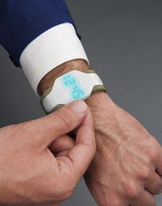 Loris Bottello's Medical Bracelet Concept Tracks Instances of Chronic Pain #bigdata trendhunter.com