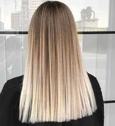 20 Amazing Brown To Blonde Hair Color Ideas 20 erstaunliche braune bis blonde Haarfarbe Ideen The post 20 erstaunliche braune bis blonde Haarfarbe Ideen appeared first on Frisuren Tips. Brown Ombre Hair, Ombre Hair Color, Hair Color Balayage, Blonde Color, Blonde Highlights, Brown Hair Dyed Blonde, Blonde Sombre, Brown To Blonde Balayage, Straight Ombre Hair