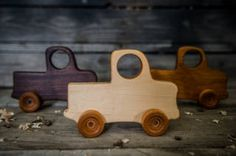 Houtkappers Push Toys, Toy Trucks, Etsy Seller, Projects To Try, Creative, Handmade Gifts, Kid Craft Gifts, Craft Gifts, Diy Gifts
