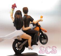 Custom Wedding Cake Topper Sportsbike in a wheelie!  #ktm950 #sportsbike #motorbike #bikers #riders #customfigurines #wedding