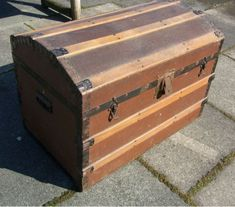 ☠HOW TO Revamp Vintage Wooden Chest | Fabric & Wood Panel Lining Craft Tutorial â˜