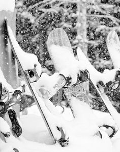 Aaahhh... This snowboarding season is just around the corner now... Eek! So excited! www.LIVETHEGLAMOUROUSLIFE.COM/2013/10/21/snowboarding-so-amped-for-this-201314-season/