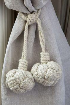 nautical rope inspired tie-backs ✿•Teresa Restegui http://www.pinterest.com/teretegui/ •✿•