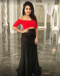 Neha Kakkar In Black And Red Skirt Top,Neha kakkar style skirt top,Plain skirt top,Bollywood Style Skirt Top,Party Wear Skirt Top
