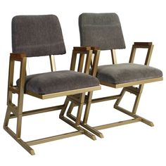 1stdibs - Pair of Frank Lloyd Wright Theater Chairs explore items from 1,700  global dealers at 1stdibs.com