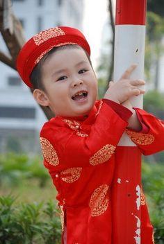 8beeac117 Áo dài trẻ em - Twinkle, twinkle, little star, how I wonder what you are?  Ao dai Vietnam · Kid Long Dress ...