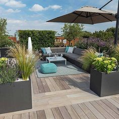 A rooftop garden can be a ton heavier than you believe. With some advice and tricks, the roof terrace becomes a true paradise! Because the roof terrace needs a totally different design than the balcony, you truly require a small… Continue Reading → Roof Terrace Design, Rooftop Design, Deck Design, Rooftop Terrace, Terrace Garden, Terrace Ideas, Garden Ideas, Green Terrace, Terrace Decor
