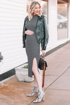 Fitted Black and White Striped Dress - Straight A Style Trendy Outfits - Daily Fashion White Outfits, Classy Outfits, Trendy Outfits, Pregnancy Outfits, Early Pregnancy, Blank Denim, Camo Dress, Snakeskin Boots, Pants For Women