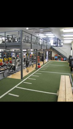 Fitness Design Gym Basements Ideas - Gym interior - Home Gym Fitness Design, Academia Completa, Gym Architecture, Gym Plans, Gym Setup, Dream Gym, Gym Interior, Interior Design, Gym Facilities