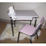 Petit bureau pour une princesse !