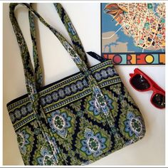 """Vera Bradley Signature Shoulder Bag This is small signature pattern Vera Bradley measuring 12"""" L x 9"""" H x 3"""" deep. Hardly been used and in excellent conditions, the colors are still vibrant with no fading, no stain marks anywhere.  Offers welcome Vera Bradley Bags Shoulder Bags"""