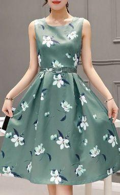 Round Neck Sleeveless Floral Print Dress