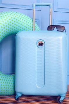 Rêver d'ailleurs (France) #fashion #suitcase #blue #pretty #Delsey
