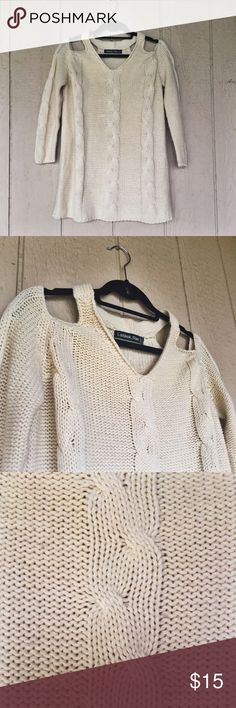 ✨Lookbook Sweater with Shoulder Cutouts Too big for me! Would be cute with leggings! Sweaters V-Necks
