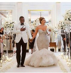 Nigerian Wedding — She WORE that dress 🙌👌! Plus Size Wedding Gowns, Sexy Wedding Dresses, Gorgeous Wedding Dress, Wedding Attire, Bridal Dresses, Dream Wedding, Wedding Hijab, Nigerian Weddings, Nigerian Wedding Dress