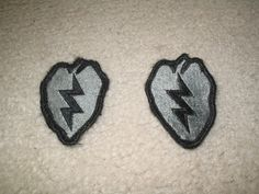 $15.00 (LOT OF 2) US MILITARY ISSUE PATCH US ARMY 25TH INFANTRY DIVISION VELCRO BACK