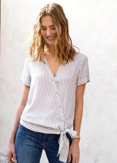 Super t-shirt refashion summer tops Ideas Blouse Styles, Blouse Designs, Umgestaltete Shirts, Diy Vetement, Diy Mode, Mode Top, Shirt Refashion, Couture Sewing, Refashioning