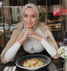 Hijab Look, Hijab Style, Hijab Chic, Modern Hijab Fashion, Muslim Fashion, Modest Fashion, Hijab Fashionista, Casual Hijab Outfit, Hijab Dress
