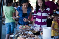 Gulfcoast Chinese American Association, an alliance member of Sarasota Sister Cities Association, annual autumn picnic at Twin Lakes park in Sarasota on 2009. The GCAA provides educational, cultural service and charitable support to Chinese American families, American Families with Children from China (FCC), members of the US-China Peoples Friendship Association (USCPFA), and Americans at large who desire friendship with and cultural understanding of American Chinese and China.