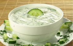 How to Make the Worlds Best Tzatziki Sauce Greek Yogurt and Cucumber Sauce Tzatziki Sauce, Salsa Tzatziki, Cheese Dip Recipes, Avocado Recipes, Dill Pickle Dip, Pickle Soup, Dill Dip, Cucumber Dip, Food Network Recipes