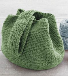 I love the simplicity of a crochet bucket bag..not to mention the fact that they're really roomy and look great in so many colors! I can do this! ¯_(ツ)_/¯