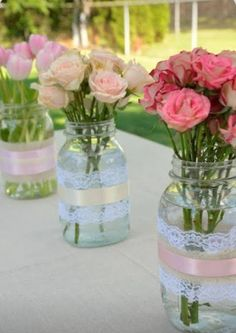 This DIY garden party deco gives your summer party atmosphere . DIY Dekoideen DIY Garden Party Deco – floral decoration for garden parties - Garden Party Decorations, Wedding Decorations, Birthday Decorations, High Tea Decorations, Diy Decoration, Vintage Party Decorations, Decorations For Bridal Shower, Ideas For Bridal Shower, Baby Shower Girl Centerpieces