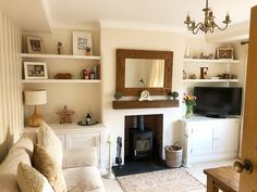 I've been saving some of my favourite alcoves so will start sharing t… - Home Dekor Alcove Ideas Living Room, Living Room Lounge, Living Room Shelves, Living Room Mirrors, New Living Room, Living Room Interior, Living Room Furniture, Living Room Designs, Front Room Ideas Cosy