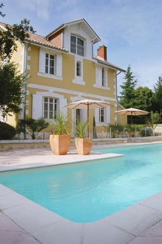 http://totstotravel.co.uk/property/100/la-maison-jaune/