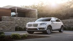 Lincoln Brings Back Names With 2019 Nautilus, A Continental-Faced MKX Most Reliable Suv, Best Midsize Suv, Best Compact Suv, 2019 Ford Explorer, Toyota Rav4 Hybrid, Suv Comparison, Lincoln Mkx, Ford Flex, Mid Size Suv