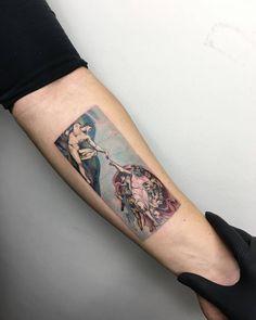 Michelangelo's 'The creation of Adam' tattoo on the left inner forearm. Artista Tatuador: Eva krbdk