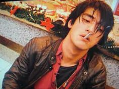 takeshi kaneshiro love 2000 - Google Search  No, this is from his Hong Kong moie ' Fallen Angel'  directed by 王家衛 Wáng Jiāwèi.