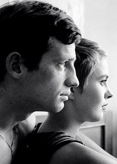 Jean-Paul Belmondo and Jean Seberg on the set of À bout de souffle (Breathless) directed by Jean-Luc Godard (1960) by Raymond Cauchetier (1959)