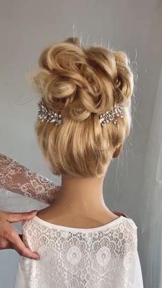Hairdo For Long Hair, Bun Hairstyles For Long Hair, Braided Hairstyles, Hair Style Vedio, Hair Upstyles, Front Hair Styles, Hair Videos, Hair Designs, Hair Hacks
