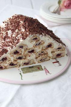 """""""Sahne-Kirsch-Torte!"""" http://www.lisbeths.de/kirsch-sahne-torte/"""