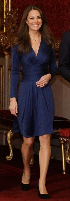 Kate Middleton in Issa - 2010