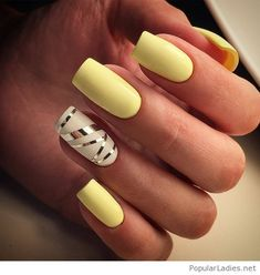 Yellow nails with some details