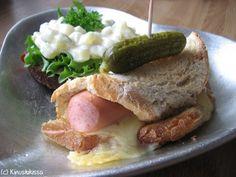 Juustoiset nakkikätköt #vappu #resepti #ruoka #nakki #juusto #ohje