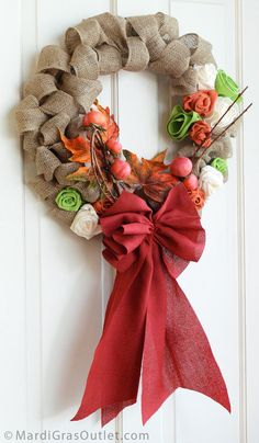 The Completed Burlap Bubble Wreath for Fall