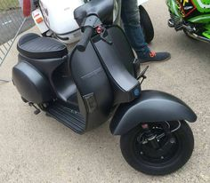 """Mi piace"": 2,920, commenti: 23 - Vespas© (@vespas_world) su Instagram: ""Check out @bikersequipment Taken from: @vespa_maniacs Tag our page #vespas_world …"" Vespa P200e, Vespa Piaggio, Lml Vespa, Vespa 150 Sprint, Vespa Px 150, Vespa Motor Scooters, Moped Scooter, Vespa Tuning, Custom Vespa"
