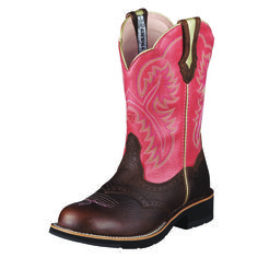 Ariat Showbaby is a true performer. The Pro Crepe Light sole is thinner than our traditional Fatbaby boot, and yet the Showbaby is still super c...