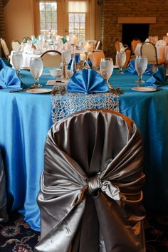 Linen & Chair Cover Rentals | Tablecloths, Sashes, Napkins, Skirting | Dayton Speciality Linen | http://www.connieduglinlinen.com/