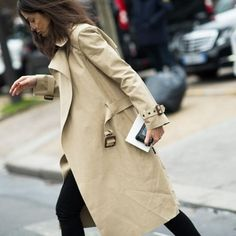 @ashleesarajones Instagram follow now The Classic Trench #classic #streetstyle #streetfashion #thetrench #trench #coat #fashion #photography #style #love