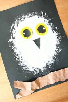 Snowy Owl Winter Craft for Kids Learn about snowy owls. Then create this snowy owl winter craft for kids as you discuss what you've learned. Great for an arctic animal preschool theme. The post Snowy Owl Winter Craft for Kids appeared first on School Diy. Preschool Art Projects, Daycare Crafts, Kids Crafts, Craft Kids, Craft Projects, Polar Animals Preschool Crafts, Winter Art Projects, Craft Activities, Animal Activities For Kids
