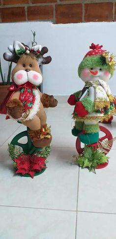 Christmas Crafts, Christmas Ornaments, Nail Art, Holiday Decor, Wreaths, Christmas Decor, Christmas Pillow, Christmas Sewing, Christmas Things