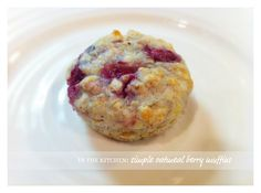 Healthy & simple oatmeal berry muffins
