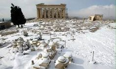 Meteorologists warn that this winter in Greece will be exceptionally cold and is expected to be the coldest winter of the past. Acropolis, Greece, The Past, Snow, Cold, Amazing, Winter, Nature, Outdoor