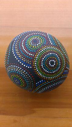 Ball-a-gic dotts / rock art